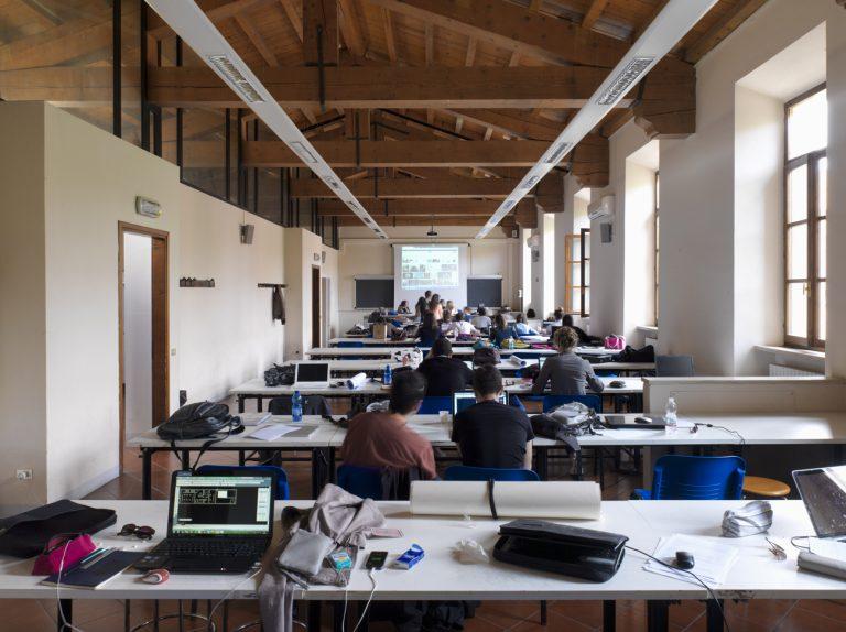 mantova campus_politecnico di milano_classroom
