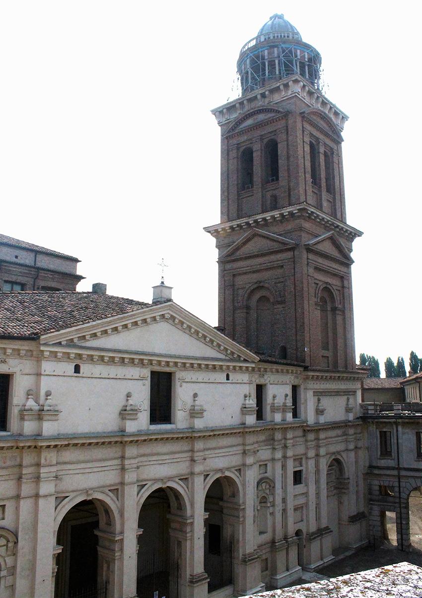facciata e campanile_santa_barbara_ducale_mantova_terremoto_2012_hesutech